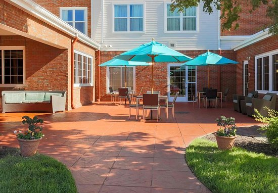 Woodbridge, VA: Outdoor Patio