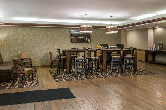Fremont, IN: Lobby