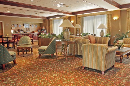 Woonsocket, RI: Lobby 2