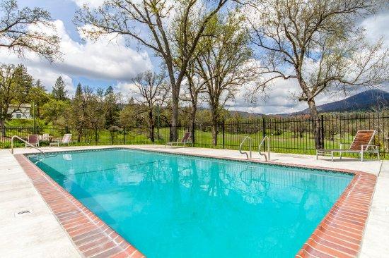 Oakhurst, Kaliforniya: Pool