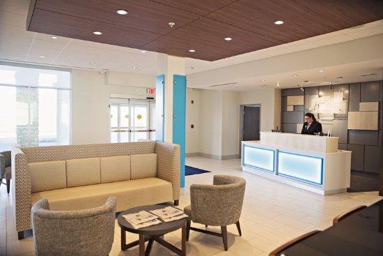 Rantoul, IL: Hotel Lobby