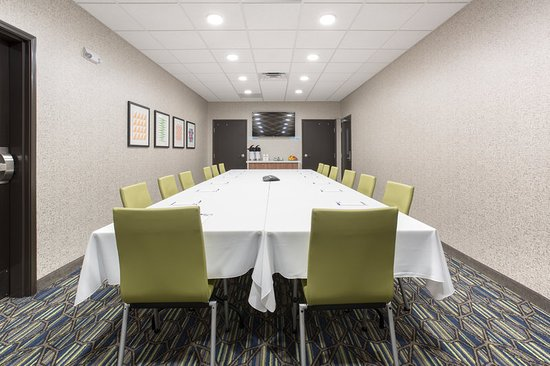 Holiday Inn Express Suites Rapid City Rushmore South Board Conference Room