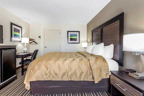 Aberdeen, North Carolina: Spacious guest room