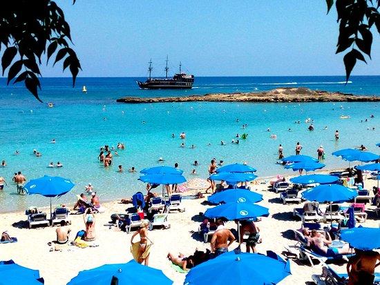 Capo Bay Hotel: Пляж