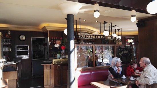 La Porte Didot Restaurant