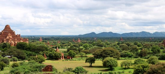 Nyaung U, Myanmar: View over the pagoda near Sharky's Bagan