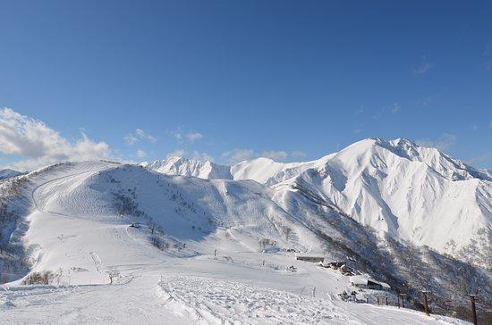 Estação de esqui Tenjin-だ
