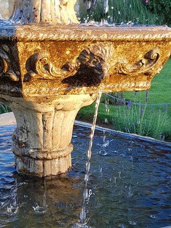 Fouriesburg, Sydafrika: Fountain in the garden