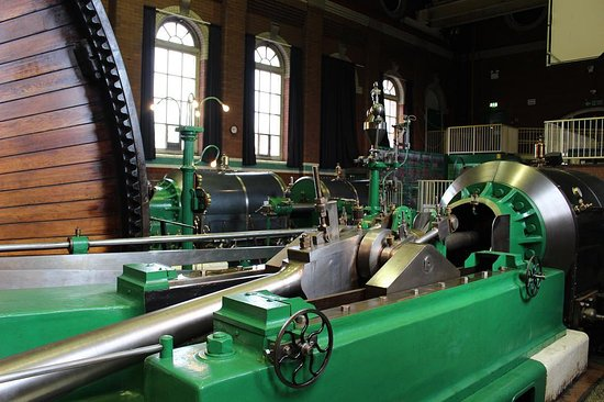 Уиган, UK: The Engineer's Side of the Engine