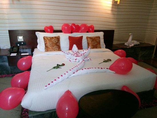 Delightful Lebua Lodge At Amer: Room Decoration