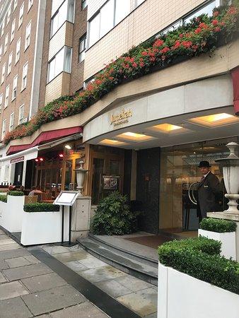 Jumeirah Lowndes Jumeirah lowndes hotel picture of jumeirah lowndes hotel london jumeirah lowndes hotel sisterspd