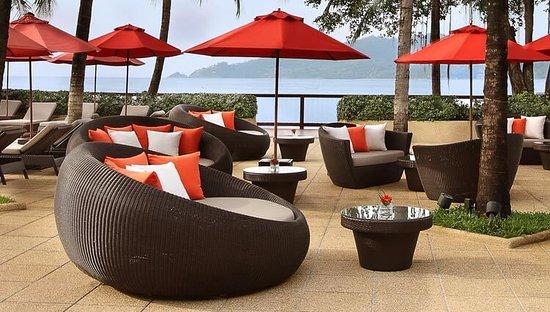 Amari Phuket: Pool Bar