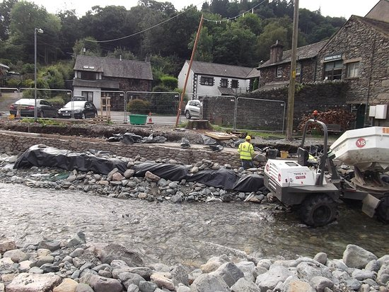 Coniston, UK: Flood damage being repaired at Glenridding
