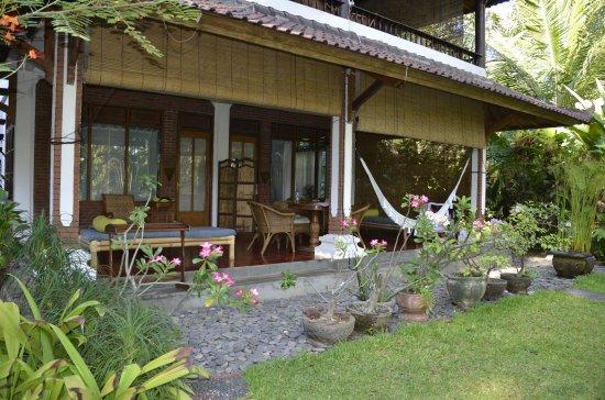 Bali Sandat Guest House