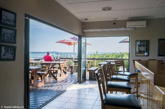 Richards Bay, Sydafrika: Deck and bar area