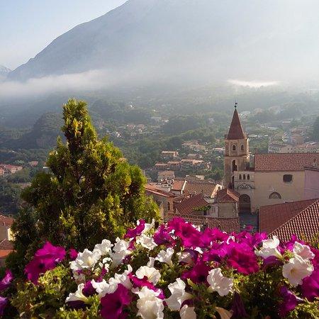Tramutola, Italia: Крошечные деревушки южной Италии