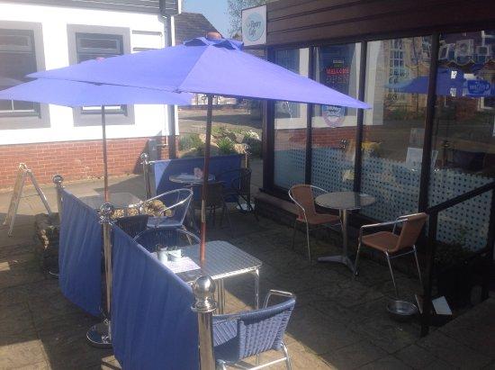 Garstang, UK: Our 'Sun Trap' Patio Area!