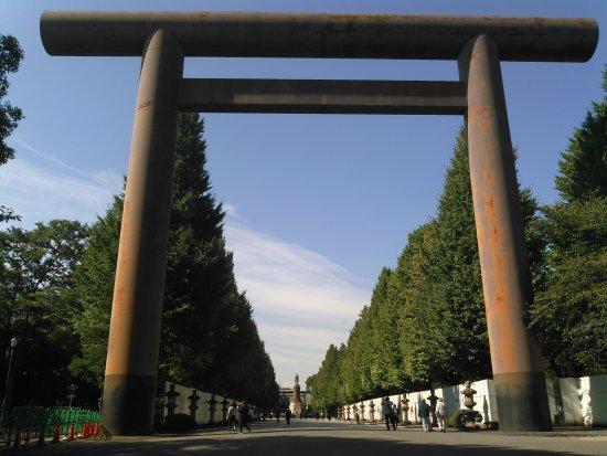 Yasukuni Shrine: 2017.10.18(水)☀大鳥居(第一鳥居)☺