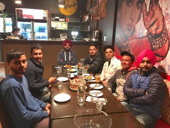 Richmond, Nowa Zelandia: Dinner with friends....