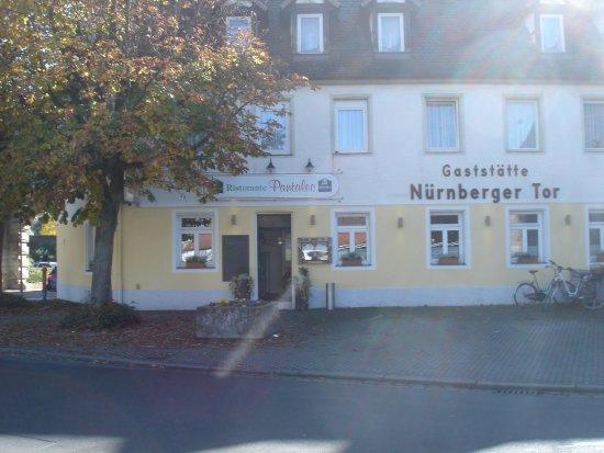 Forchheim, Deutschland: Ristorante Pantaleo, direkt neben dem historischen Nürnberger Tor