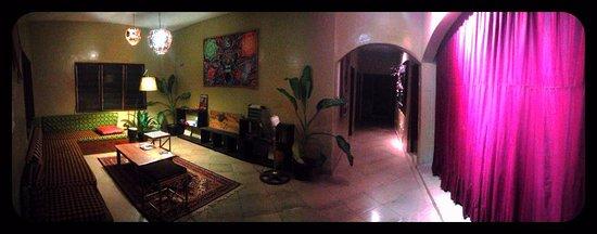 Cotonou, Benin: L'accueil de la  guest house