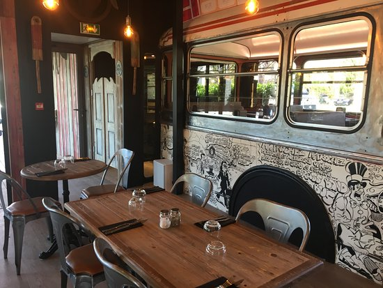 le bus 111 toulouse restaurant reviews phone number photos tripadvisor. Black Bedroom Furniture Sets. Home Design Ideas
