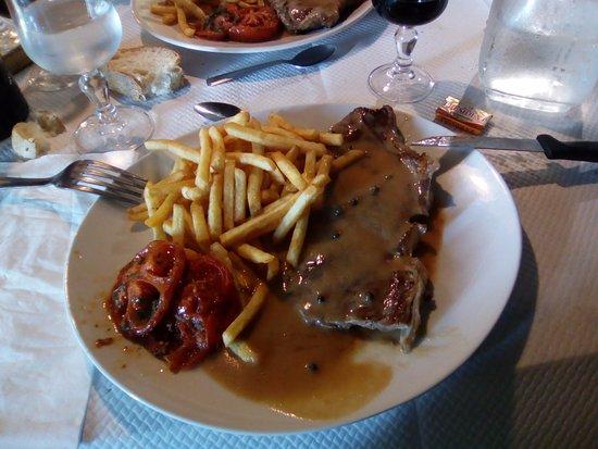 Saissac, Fransa: Entrecotte a la pimienta