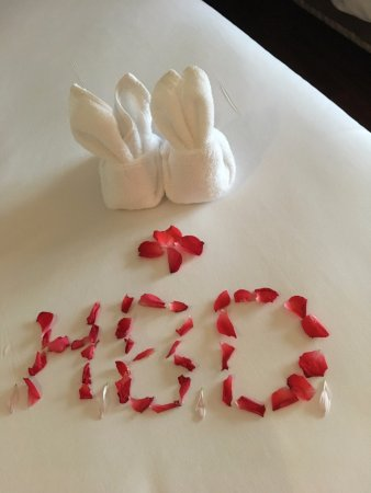 Cape Panwa, Thailand: welcome flower petals