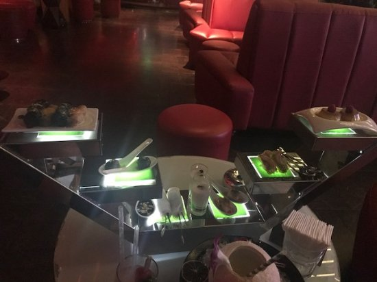 Chill Skybar: How the food is presented
