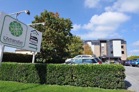 Libramont, Βέλγιο: Vaste parking