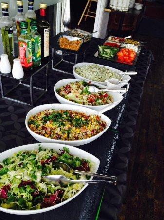 Heinola, Suomi: lounas, salaattipöytä