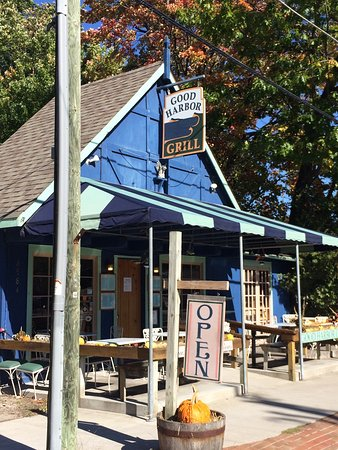 Glen Arbor, MI: Nothing like good local food in a quaint atmosphere.