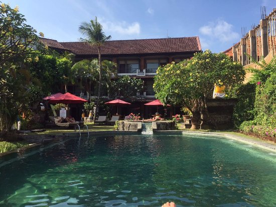 Ida Hotel: pool :)