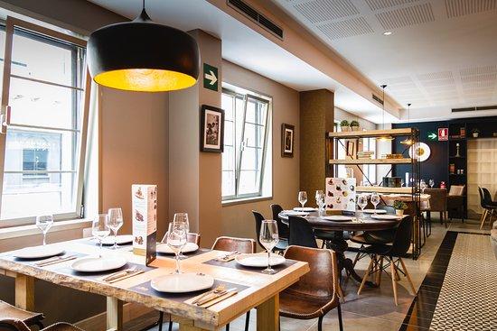 Restaurante la mafia se sienta a la mesa en santa cruz de for Mesa cocina tenerife