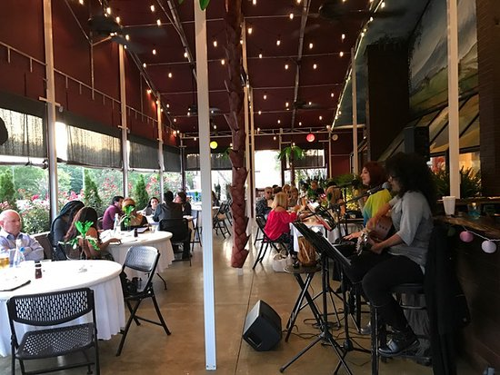 Kennesaw, GA: Our stunning outdoor patio