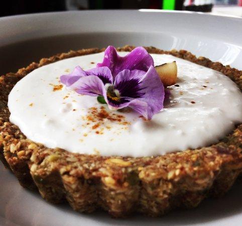 Thornton, Canadá: Coconut Kefir Pie