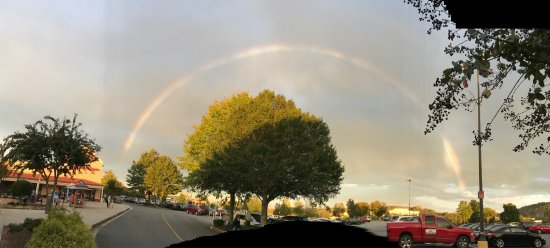 North Georgia Premium Outlets: This was a beautiful rainbow we saw while we were shopping there last Sunday !