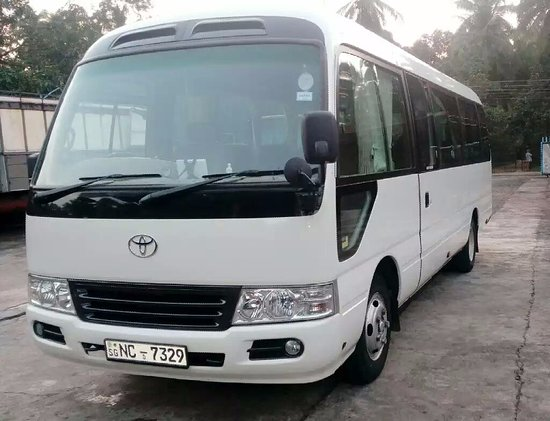 mysl travel bus toyota coaster picture of mysl travel mirissa tripadvisor. Black Bedroom Furniture Sets. Home Design Ideas