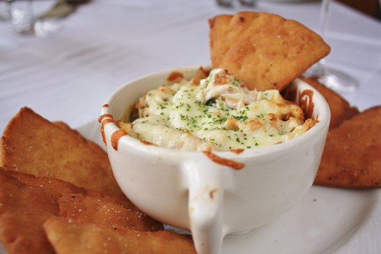 Lincolnshire, IL: Spinach and Artichoke Dip with Crab