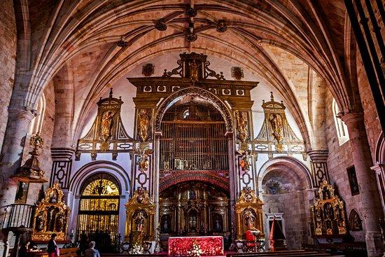 Iglesia de San Pedro y San Ildefonso