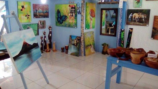 Dantica Gallery