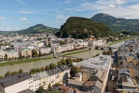 Monchsberg Lift: Great views of Salzburg