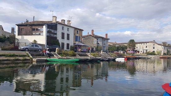Nouvelle-Aquitaine, Francia: Canal