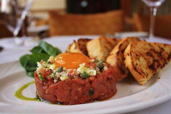 Bloomfield Hills, ميتشجان: Steak Tartare 