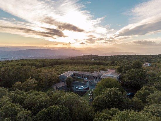 Biancavilla, Italy: vista aerea al tramonto