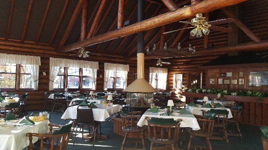 Saint Germain, WI: The other side of the dining room