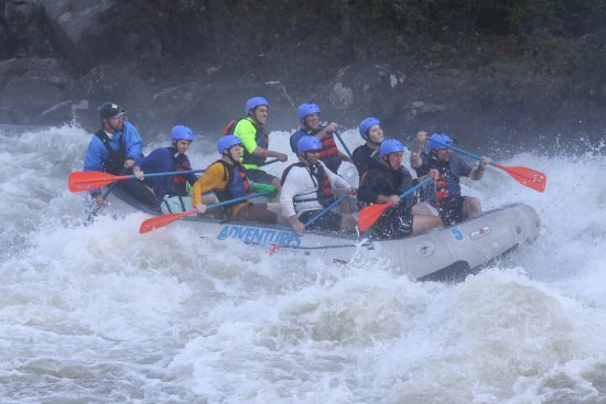 Lansing, WV: First class V - Upper Gauley