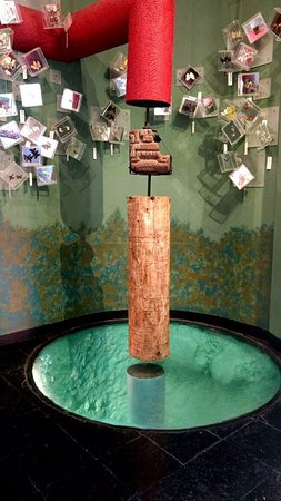 Museo luis mario schneider malinalco mexiko omd men for Estanque de truchas