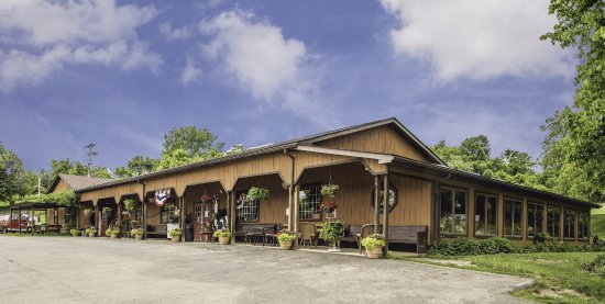 Washington, PA: The SpringHouse Country Store