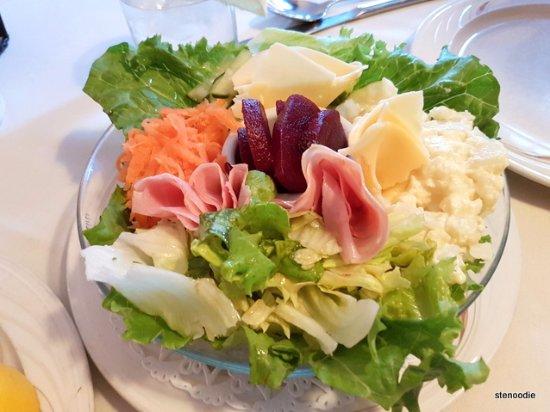 Markham, Canada: Gem Salad